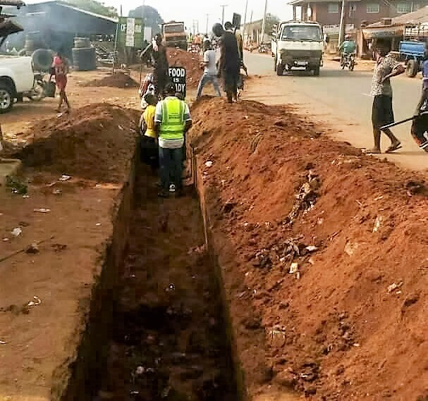 Flood Control: Delta Government clears Concrete Drains in Ika